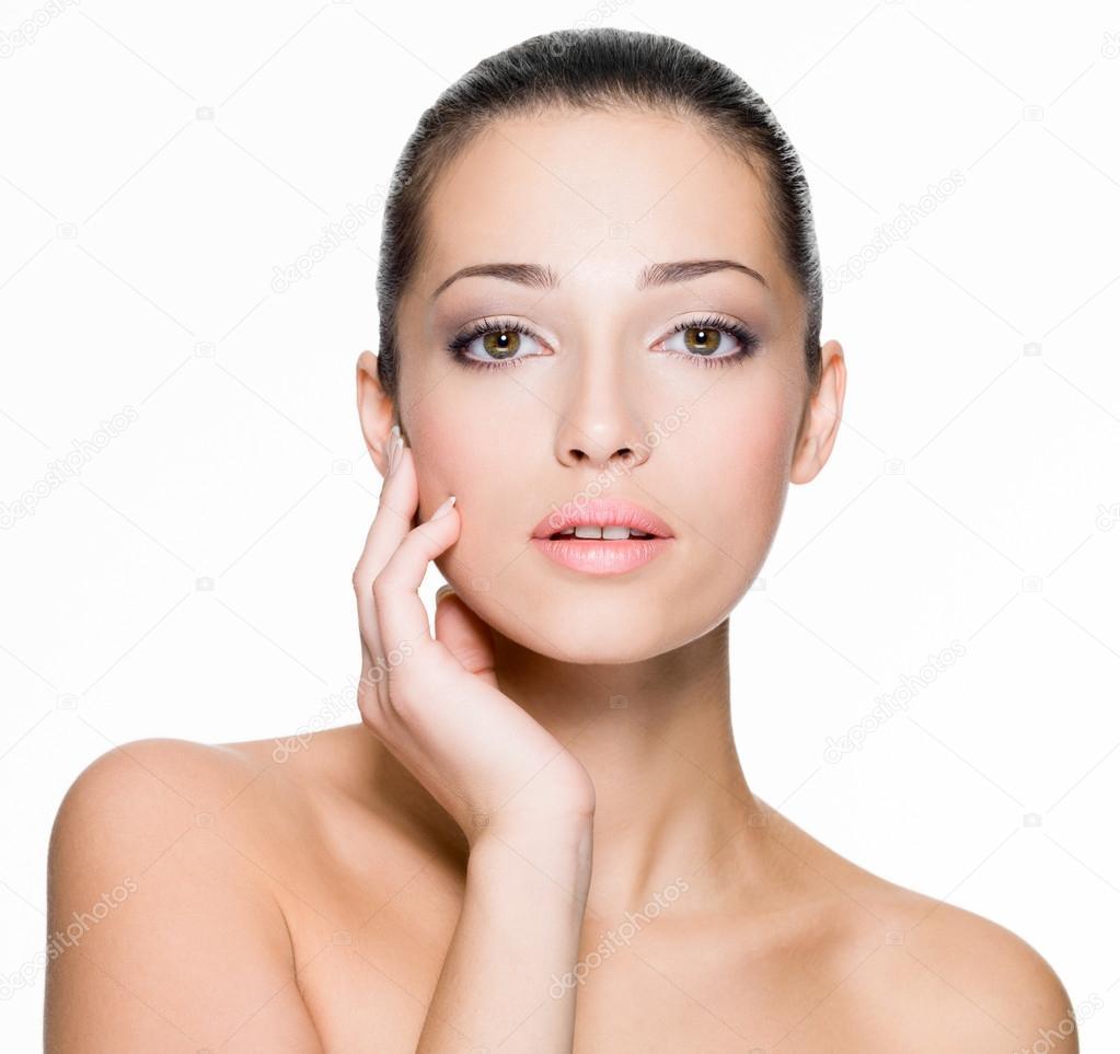 depositphotos_19871785-stock-photo-beautiful-woman-with-fresh-skin